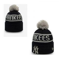 New York Yankees Knitted Bobble Hat